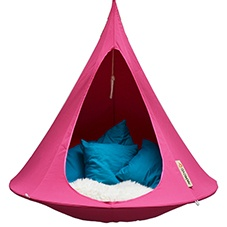 Cacoon fuschia hanging chair