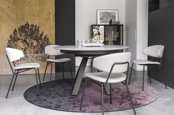 Atlante dining table