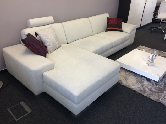 Kronos sofa - showroom sample