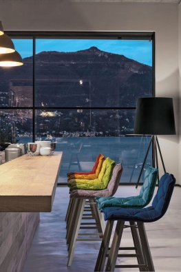 Digione plus bar stool