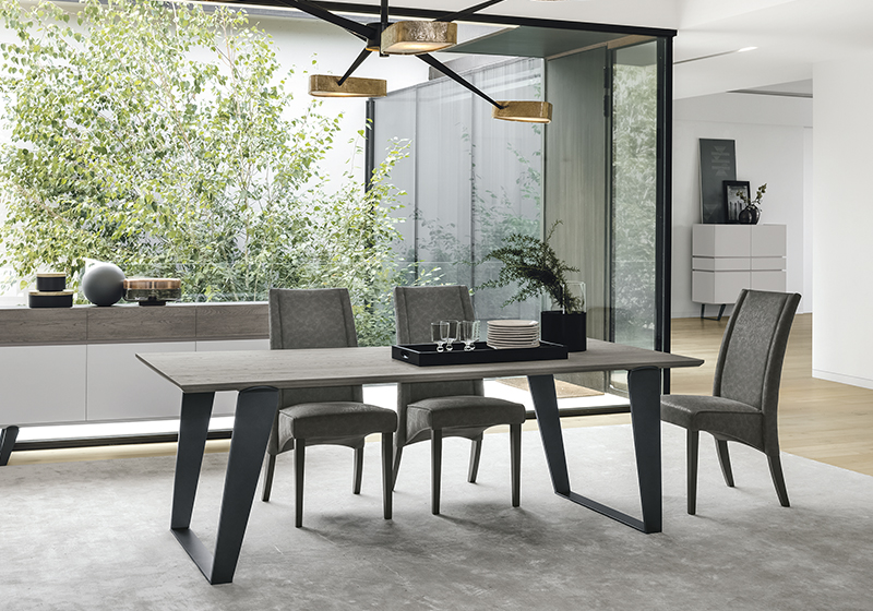 Fa étkezőasztalok és falábú asztalok, modern, formabontó stílusban ...